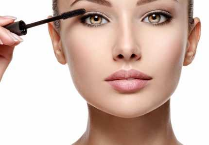 How to Apply mascara on Lashes